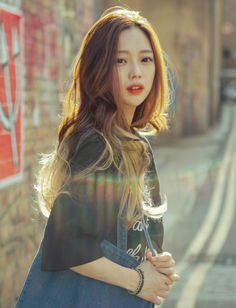 Uploaded by Mia. Find images and videos about girl, model and gorgeous on We Heart It - the app to get lost in what you love. Park Seul, Wig Styles, Long Hair Styles, Korean Girl, Asian Girl, Bora Lim, Ulzzang Hair, Korean Model, Asian Beauty