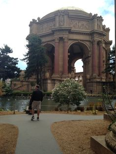 The palace of fine arts! I can't believe we missed this in 1991. It is gorgeous! So glad Zack and Dave didn't let us miss it!