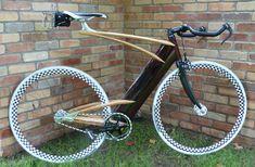 Ken Stolpmannによる木製固定ギアバイク