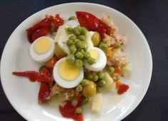 Ensaladilla rusa con huevo para #Mycook http://www.mycook.es/cocina/receta/ensaladilla-rusa-con-huevo
