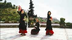 """Spanish women sing a Japanese enka song for NHK's Tv show """"We Love Japanese Songs!"""""""
