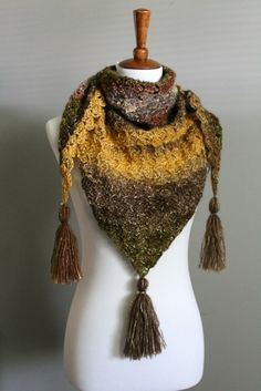 Don't know what to do with Shawl in a Ball from Lion Brand? Check out this FREE pattern! - YarnHookNeedles