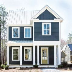 For realzzy....look at all this cutness!! This house has got it goin on!! . ( pinterest!) If you have any info on this I'd love to know the scource!!. . . .#modernfarmhouse #navy #navyfarmhouse #farmhousestyle #farmhousehappy #farmhouselove #modernfarmhouselove #cuteness