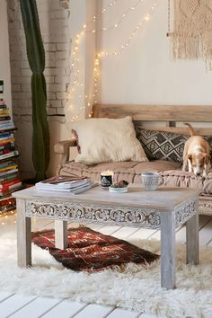 Rashmi Carved Coffee Table from Urban Outfitters. Shop more products from Urban Outfitters on Wanelo. Rugs In Living Room, Home And Living, Living Spaces, Cozy Living, Coffee Table Urban Outfitters, Design Marocain, Diy Décoration, My New Room, Home Interior