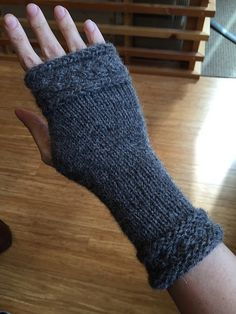 Knitting Patterns Galore - Fitted Fingerless Mitts Wrapped with a Cable