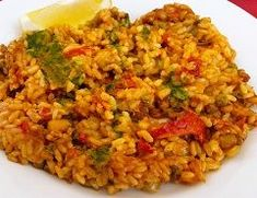 safefood vegetable paella. Healthy vegetable recipe from safefood. All our recipes are nutritionally analysed by our team of experts. #vegetables #veggies #healthyveggies #healthyvegetables #vegpaella