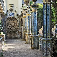 azulejos, Lisbon garden