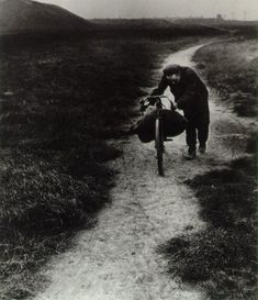 Bill Brandt Coal Searcher Going Home to Jarrow 1937
