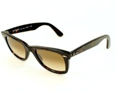 Ray Ban Sunglasses. Havana Acetate frames with Gradient brown lenses. UV filter category: 2. Delivered with branded case. Measurements: 54-18-150 (lens-bridge-arms in millimeters)