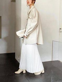 アラフォー&アラフィフにおすすめ!おしゃれ偏差値が上がる「ブランド」4つ - senken trend news-最新ファッションニュース Duster Coat, Normcore, Jackets, Style, Fashion, Down Jackets, Swag, Moda, Fashion Styles