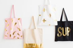 Use this kit to DIY a new tote for spring.