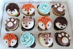 Little woodland creatures for a baby shower 🦔🌲🦌🦊🐻 Five dozen of these cuties made for a very sore wrist but will make such an awesome display! Baby Shower Food For Boy, Baby Shower Cupcakes For Boy, Cupcakes For Boys, Baby Shower Desserts, Baby Shower Cakes, Backen Baby, Animal Cupcakes, Bear Cupcakes, Ladybug Cupcakes