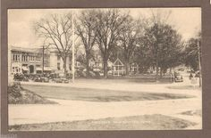 VINTAGE POSTCARD THE GREEN NEW MILFORD CONNECTICUT