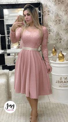 Modest Dresses, Modest Outfits, Casual Dresses, Short Dresses, Beautiful Prom Dresses, Elegant Dresses, Coral Bridesmaid Dresses, Lace Dress Styles, Work Dresses For Women