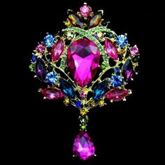 New Brand 18K Gold Rhinestone Brooch Fashion Luxury Crystal Cubic Zircon Diamond Wedding Brooch Pins Women Jewelry Gift TP017