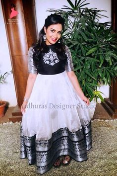 Black nd white combi Indian Dress Up, Party Wear Indian Dresses, Indian Gowns Dresses, Party Wear Lehenga, Indian Outfits, Indian Wear, Half Saree Designs, Blouse Designs Silk, Designer Anarkali Dresses