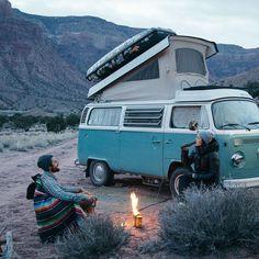 Survival camping tips Volkswagen Transporter, Wolkswagen Van, Mini Van, Vans Vw, Vw California Beach, Combi Ww, Kombi Home, Auto Retro, Cool Vans