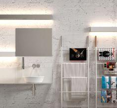 L'applique salle de bain IP S16 vous propose un éclairage exceptionnel. En effet, avec sa diffusion bi-directionnelle, ce luminaire éclaire en douceur votre salle de bain, pièce d'eau, cuisine, couloir, salon ou encore chambre. Cette applique peut se placer en enfilade, pour un rendu encore plus unique.
