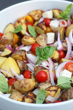 Grilled Caprese Potato Salad with Honey Balsamic Vinaigrette: minus onions