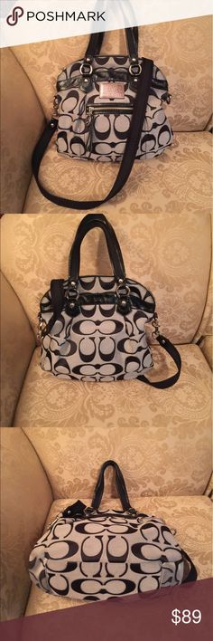 Coach Poppy Lurex Black/Gray size medium 16291 GUC Coach Poppy Black/Gray size medium 16291 zip closure Some dirt stains on top inside liner. Good used condition. Clean smoke free home. Coach Bags Shoulder Bags