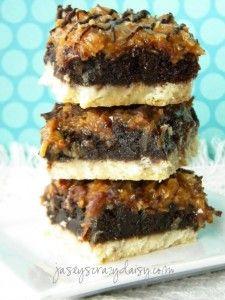 Samoa Brownie Cookie Bars | Jasey's Crazy Daisy