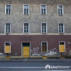 #visitlinz da is es #schön  #waiting for #westring #asfinag #linz #igerslinz #verkehr #traffic #igersaustria #linzpictures #waldeggstrasse #ghetto #spatenstich #suburbs #travel #instatravel #lebensstadtlinz #fein #fesch #downtown #citylife #upperaustria