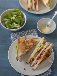 Sandwichs américains : Recette de Sandwichs américains - Marmiton