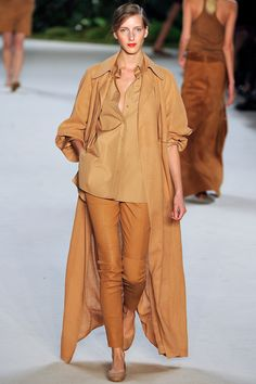 Akris Spring 2013 RTW - Runway Photos - Fashion Week - Runway, Fashion Shows and Collections - Vogue