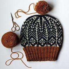 Ravelry: Cathedral Grove pattern by Faye Kennington . - Ravelry: Cathedral Grove pattern by Faye Kennington - Knitting Needles, Knitting Yarn, Free Knitting, Ravelry, Knitting Projects, Crochet Projects, Motif Fair Isle, Knitting Patterns, Crochet Patterns