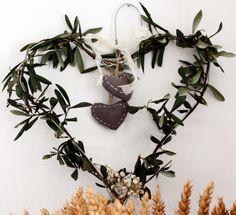 Un cuore di Ulivo per Pasqua - An olive hearts for Easter  http://www.lisoladeglidei.it/