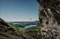 Rannveig Aamodt jumaring at Flatanger Cave in Norway