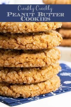 These super-easy peanut butter cookies are deliciously buttery and chewy inside and crisp on the outside with lots of crinkles and crackles. #peanutbuttercookies, #besstpeanutbuttercookies, #onebowlnomixer, easycookies via @cafesucrefarine Best Peanut Butter Cookies, Peanut Butter Recipes, Cookie Recipes, Dessert Recipes, Cafe Recipes, Party Desserts, Cafe Food, Dessert For Dinner, Rice Krispie Treats