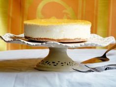 Lemon-mascarpone cake (recipe in Hungarian) Mascarpone Cake, Hungarian Recipes, Hungarian Food, Limoncello, Cake Cookies, Tart, Cake Recipes, Cheesecake, Lemon