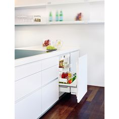 Liebherr's Undercounter Pullout Refrigerator, which features intuitive adjustable shelves and soft-close doors, won the Best of Kitchen silver award at Los Vegas's Kitchen and Bath Industry Show. Kitchen And Bath, New Kitchen, Kitchen Decor, Kitchen Ideas, Kitchen 2016, Undercounter Refrigerator, Compact Refrigerator, Under Counter Fridge, Interior Design Magazine