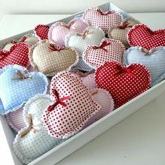 *12 adet* Elyaf Dolgulu Kalp Fabric Hearts, Heart Painting, I Love Heart, Buntings, Felt Hearts, Summer Crafts, Craft Fairs, Gifts For Women, Diy Crafts