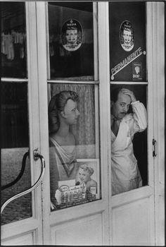 """blackpicture: """"Henri Cartier-Bresson Rome. Italy (1951) """""""