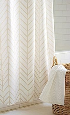 feather shower curtain  http://rstyle.me/n/p5zhapdpe