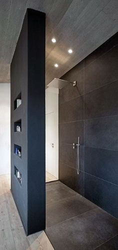 Wohnhaus Stallwang: Offene Dusche The Most Useful Bathroom Shower Ideas There are almost uncountable Modern Bathroom Design, Bathroom Interior Design, Modern House Design, Contemporary Bathrooms, Contemporary Design, Bad Inspiration, Bathroom Inspiration, Interior Inspiration, Open Showers