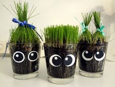 Bara Det Ljuvligaste: Roligt Påskgräs Bara D Earth Day Activities, Activities For Kids, Preschool Crafts, Diy Crafts For Kids, Earth Day Crafts, Mini Bottles, Summer Crafts, Easter, Projects