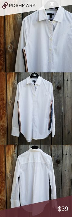 """J. Crew White Sequin Detail Button Down Top J. Crew White Sequin Detail Button Down Top H523 Length 29"""" Bust 20.5"""" Excellent condition. Feel free to ask me any additional questions. No trades or modeling. Measurements are approximate. Happy Poshing! J. Crew Tops Button Down Shirts"""
