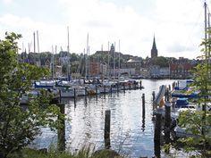 Der im-jaich Stadthafen in Flensburg.