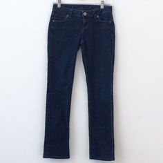 """Jennifer Lopez Jeans Size 0 Petite Jennifer Lopez dark denim jeans size 0 petite.   Straight leg. 5 pockets. Zip fly & button closure.   82% Cotton / 16% Polyester / 2% Spandex.   Approximate measurements:  Waist: 27""""  Inseam:  27.5""""  Outseam: 35""""  Leg Opening: 12""""  Front Rise: 8""""  Back Rise: 10.5""""  Hips: 29""""  Great condition. Definitely can share more photos.   Open to offers!  Thanks for browsing.💗💗💗 Jennifer Lopez Jeans Straight Leg"""