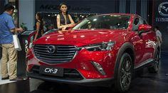 Triển lãm Vietnam Motor Show (VMS 2016) vừa kết thúc trong mỹ mãn với hàng loạt mẫu xe mới tại Việt Nam. Nhiều mẫu xe lần xuất hiện trước khi ra mắt tại thị trường nước ta. Chế độ lái xe tự động có thực sự an toàn Chế tạo bộ vành Carbon cho xe siêu nhẹ Phát triển hệ thống lái tự động trên xe oto Trên thực tế, đã từ rất lâu, ngoài cơ hội phô diễn sản phẩm và công nghệ thế mạnh của mình thì các kỳ triển lãm ôtô cũng thường là nơi để các hãng xe tổ chức thăm dò thị hiếu người tiêu dùng cho một…