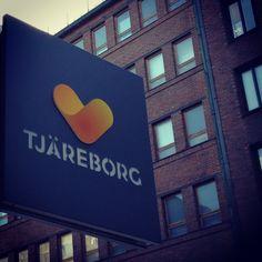 Tjäreborgin pääkonttori sijaitsee Kampin keskuksessa osoitteessa Urho Kekkosen katu 3B 5krs 00100 HKI. Tervetuloa töihin!