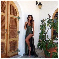 olive green summer dress with thigh-high slit ‣@sharifaholivia ‣