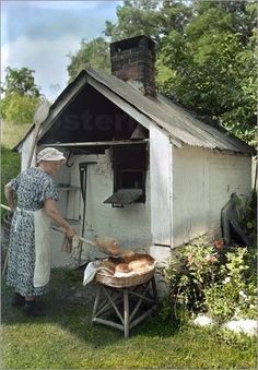 Outdoor Bread Ovens For Sale | Brot backen Bilder: Poster von J. Baylor Roberts ... - http://back-dein-brot-selber.de/brot-selber-backen-rezepte/outdoor-bread-ovens-for-sale-brot-backen-bilder-poster-von-j-baylor-roberts/