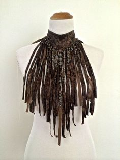 leather and velvet necklace.