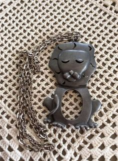 Vintage 1970s Necklace Lion Pendant Chain Animal by GoodGoodyGirlsJewels on Etsy
