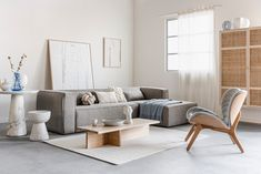 Couch, Throw Pillows, Living Room, Interior Design, Bed, Furniture, Home Decor, Instagram, Minimalism