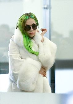 Lady Gaga / radioactive green hair